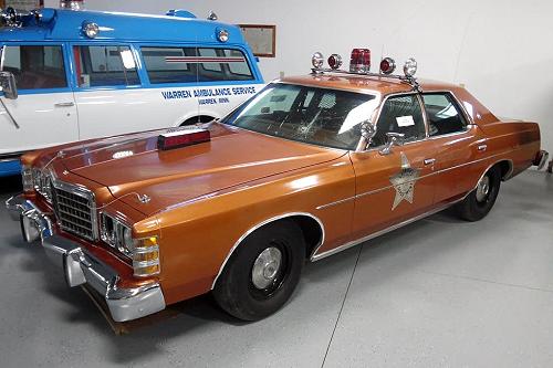Marshall County Sheriff's 1977 Ford LTD UFO Car